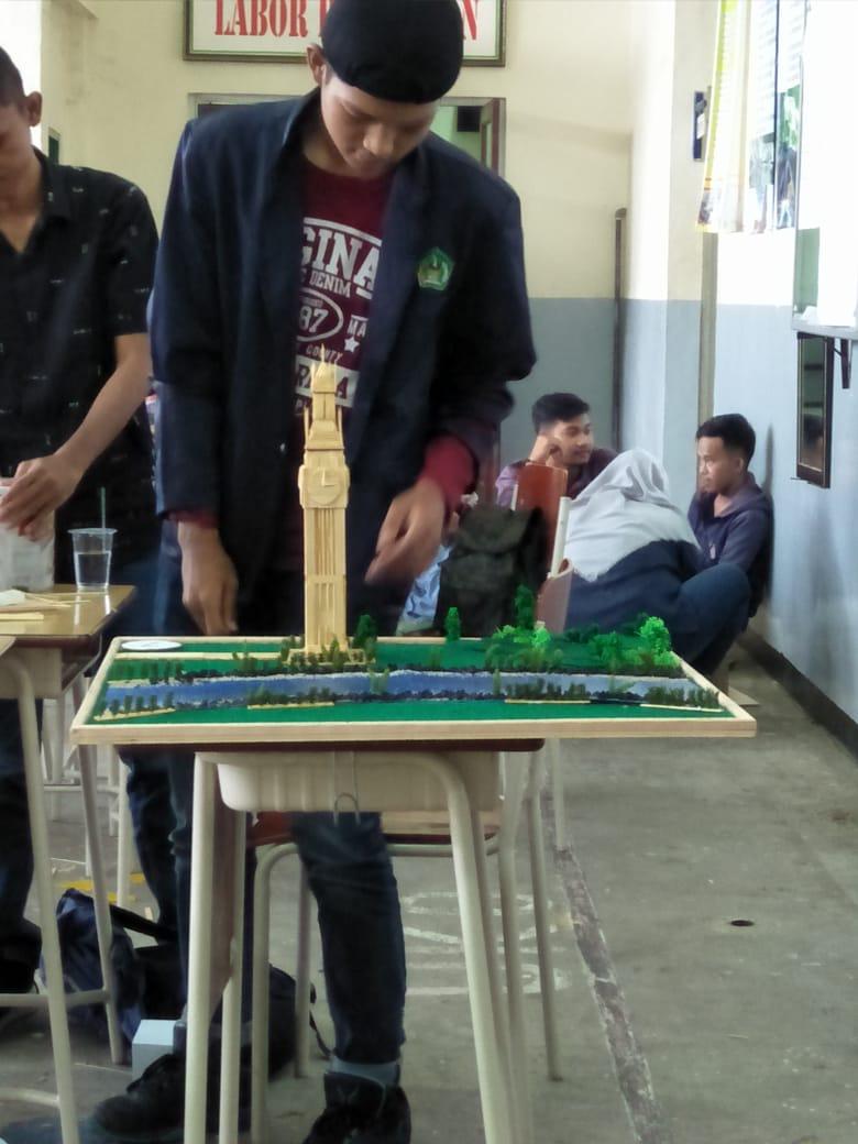 STT-Payakumbuh Raih Juara I Lomba Maket 3